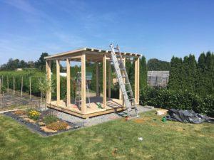 Rohbau mit Dach